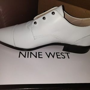 Nine West White Leather Oxfords